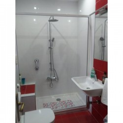 Shower Roller Screen