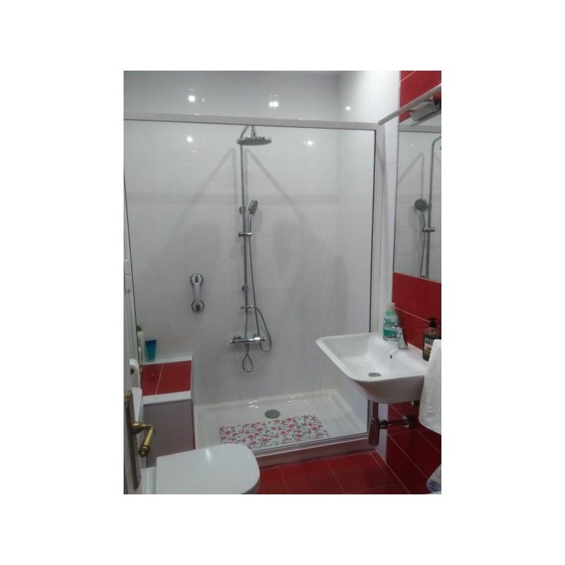 Shower Roller Screen